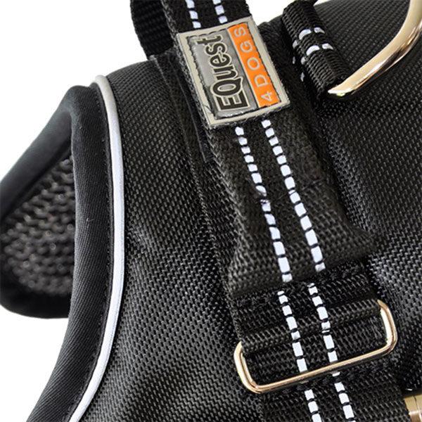 Equest4dogs premium honden tuig zwart XS-XXL met tekstlabels die gepersonaliseerd kunnen worden door K9-Label